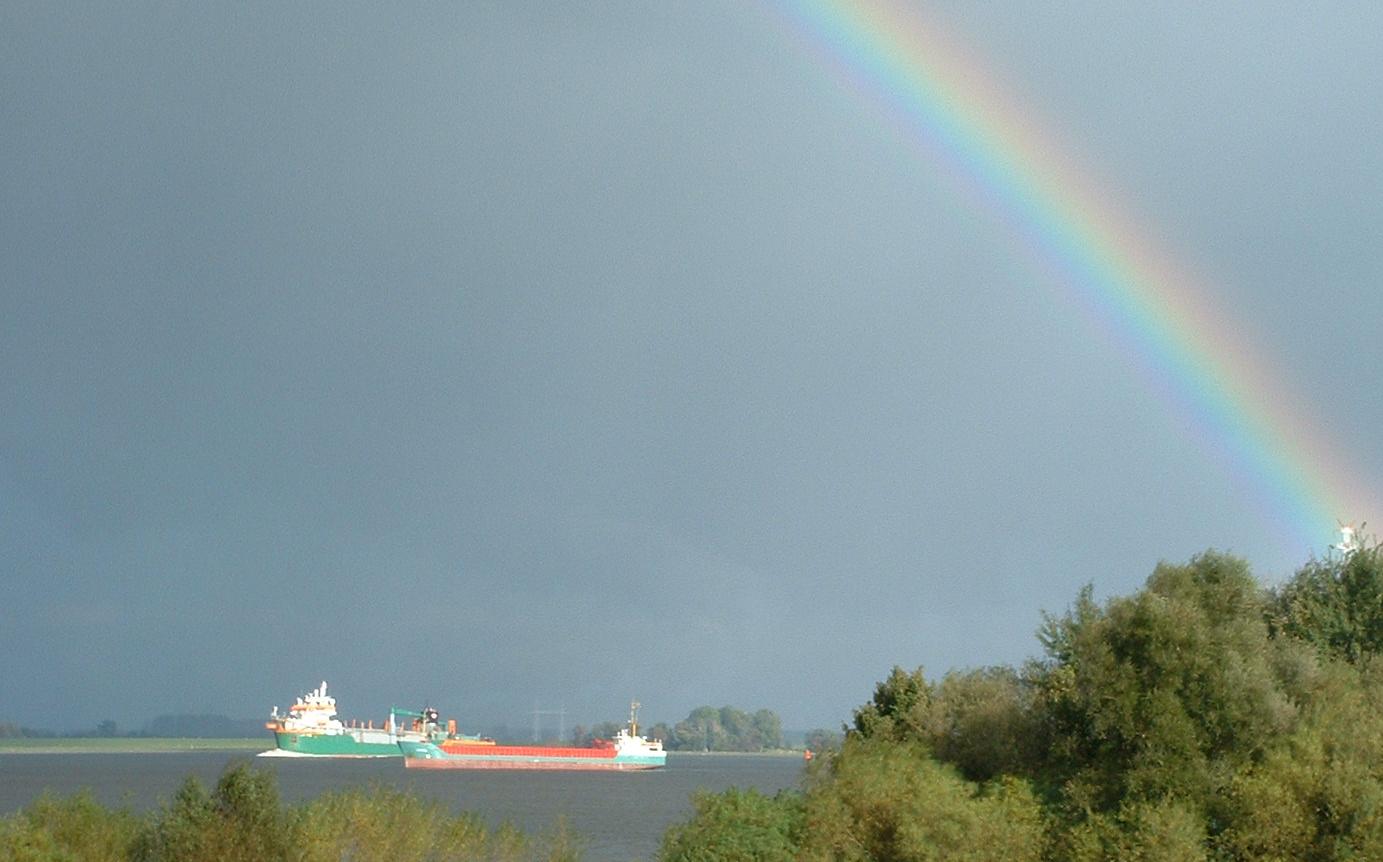 Baggermengen, Fließgeschwindigkeit und Wasserqualität – Grüne Anfrage zur Elbe