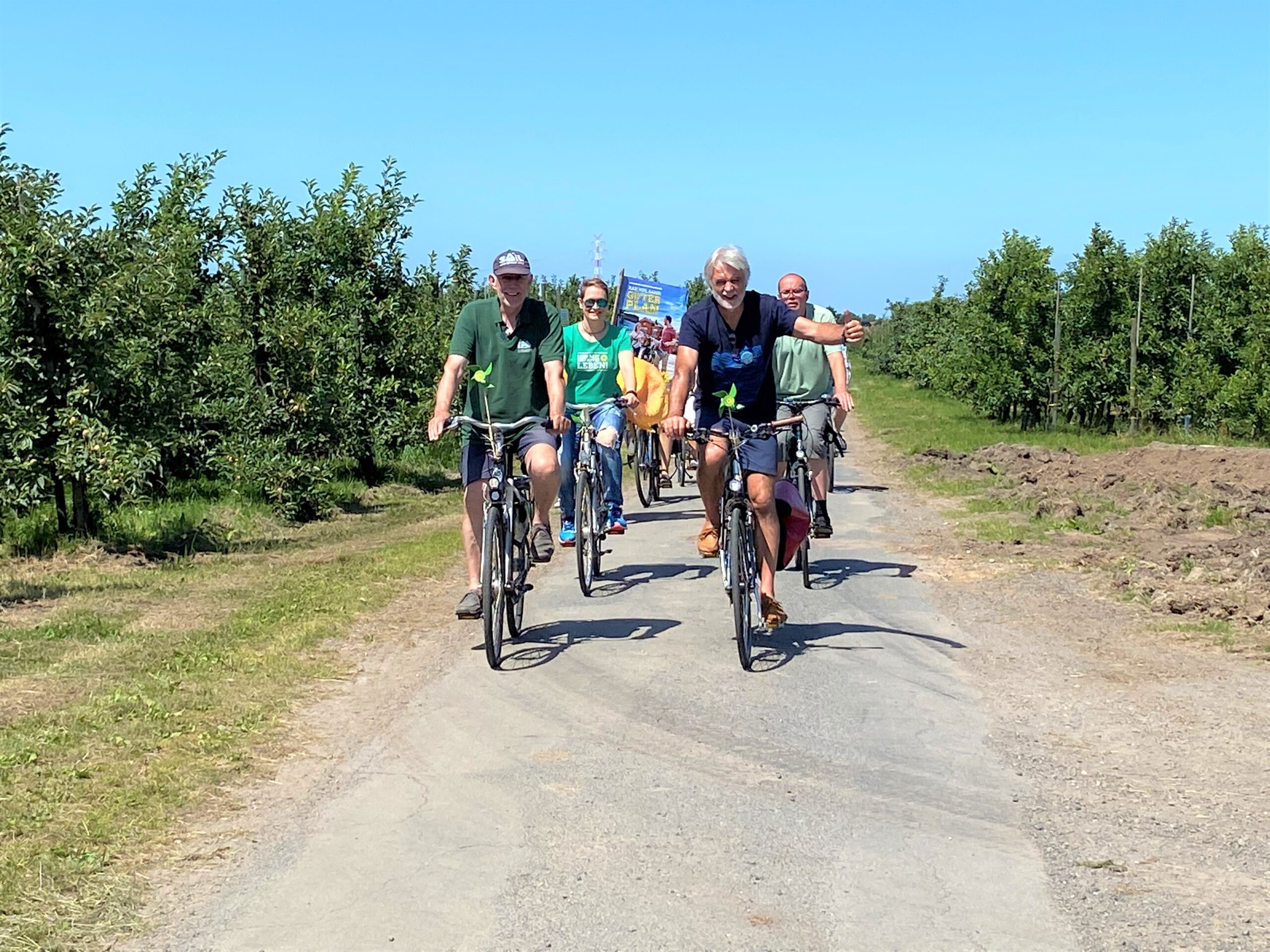Fahrradtour zum Wahlkampfstart